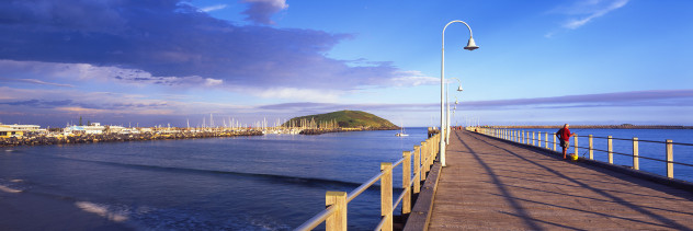 Fishing on Coffs Harbour Jetty